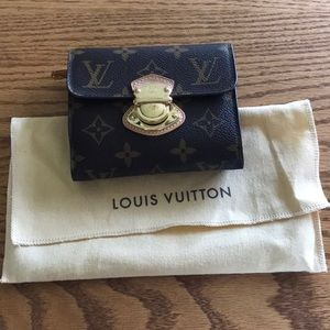 Louis Vuitton 'joey' wallet